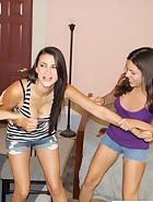 Cheyene and Edanya spank Riley
