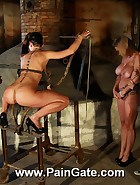 Rusty punishment device, pic #2
